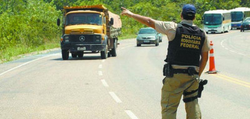 Resultado de imagem para policia rodoviaria federal bahia