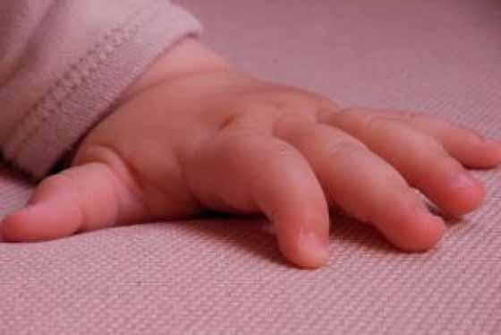 Bebê agredido - imagem ilustrativa