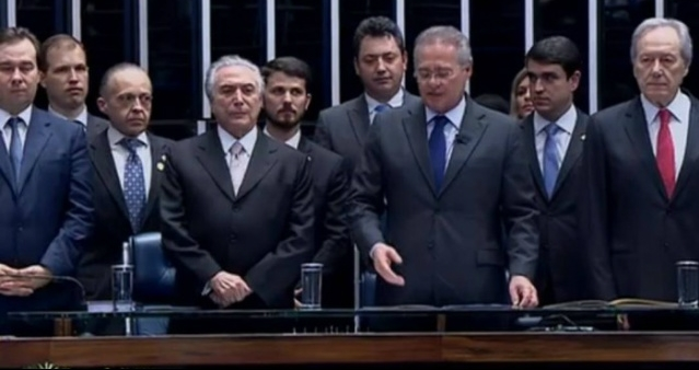 Michel Temer foi empossado pelo presidente do Senado, Renan Calheiros