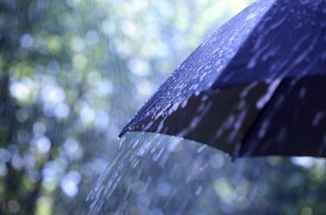 chuva-forte-e-rajadas-de-vento-em-cuiaba