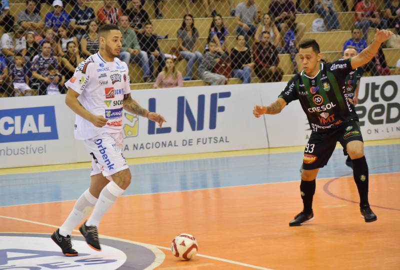 F1 - Joaçaba Futsal empatou com o Marreco no jogo de estreia (Foto Mayelle Hall)
